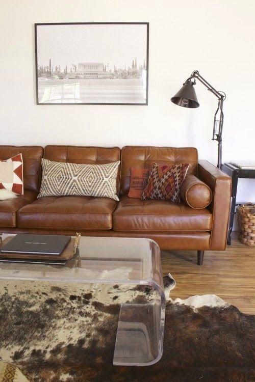 sala-neutra-sofa-marron-1