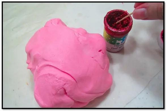 Como Teñir La Pasta Para Cubrir Tortas