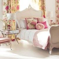 Ambientes con telas de flores y en rosa
