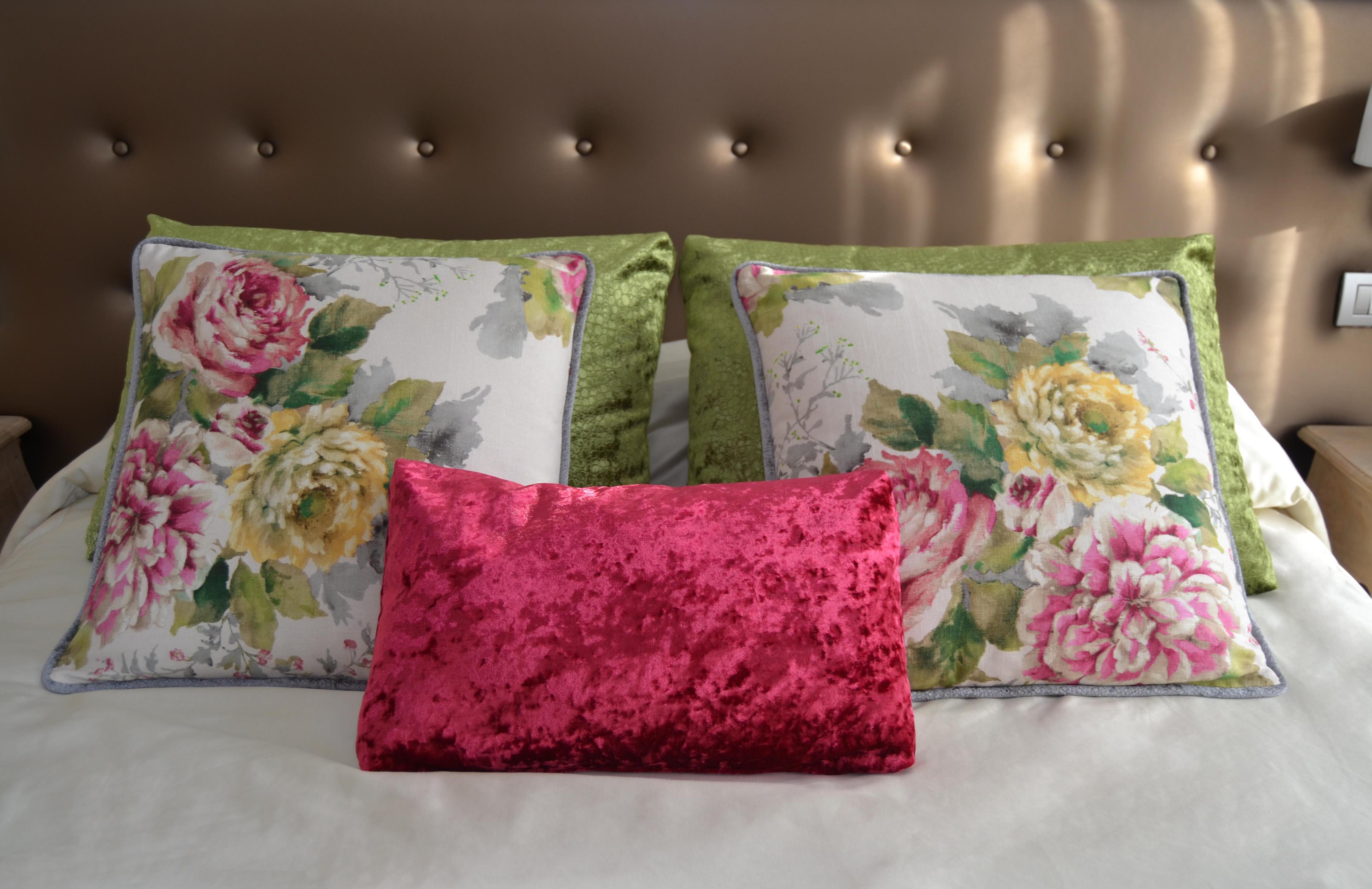 Un dormitorio con flores para Marta  Villalba Interiorismo