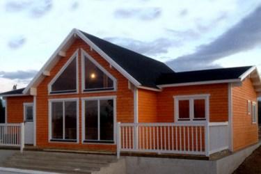 Casas de color naranja Decoración con Madera