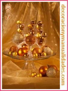fuente de esferas navideñas