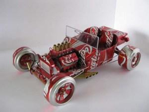 coche-reciclado-lata-cocacola.JPG