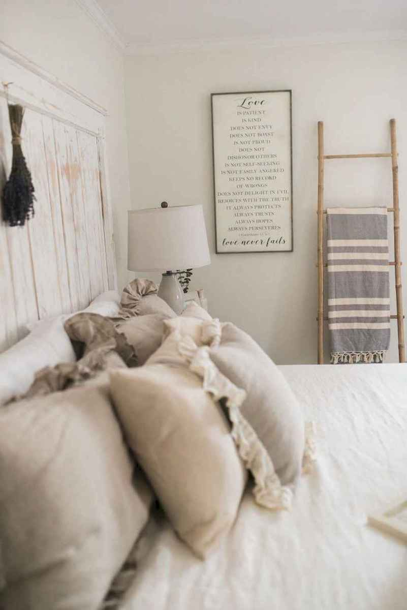 02 Affordable French Country Bedroom Decor Ideas