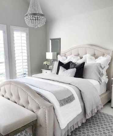 09 Stuning Farmhouse Bedroom Furniture Ideas on A Budget