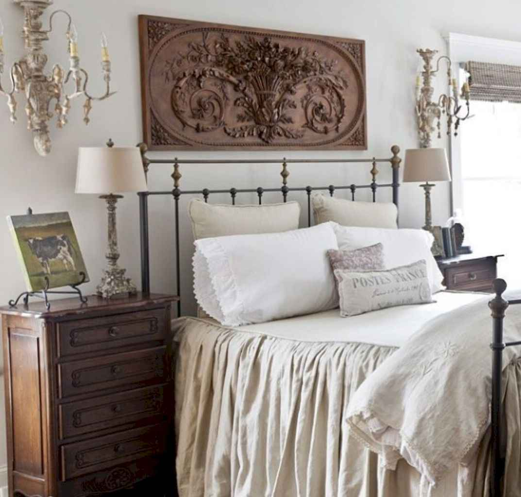 30 Affordable French Country Bedroom Decor Ideas