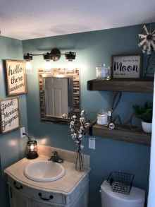 31 Beautiful Small Bathroom Decor Ideas on A Budget