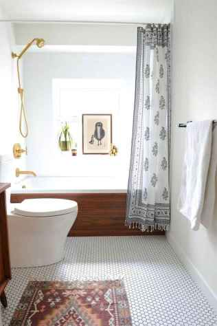 38 Beautiful Small Bathroom Decor Ideas on A Budget