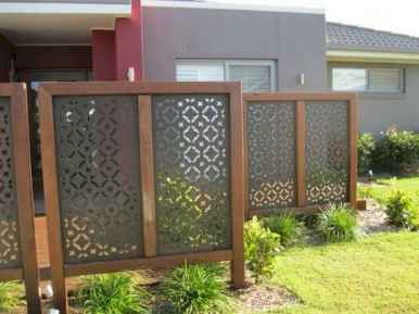 51 Affordable Backyard Privacy Fence Ideas