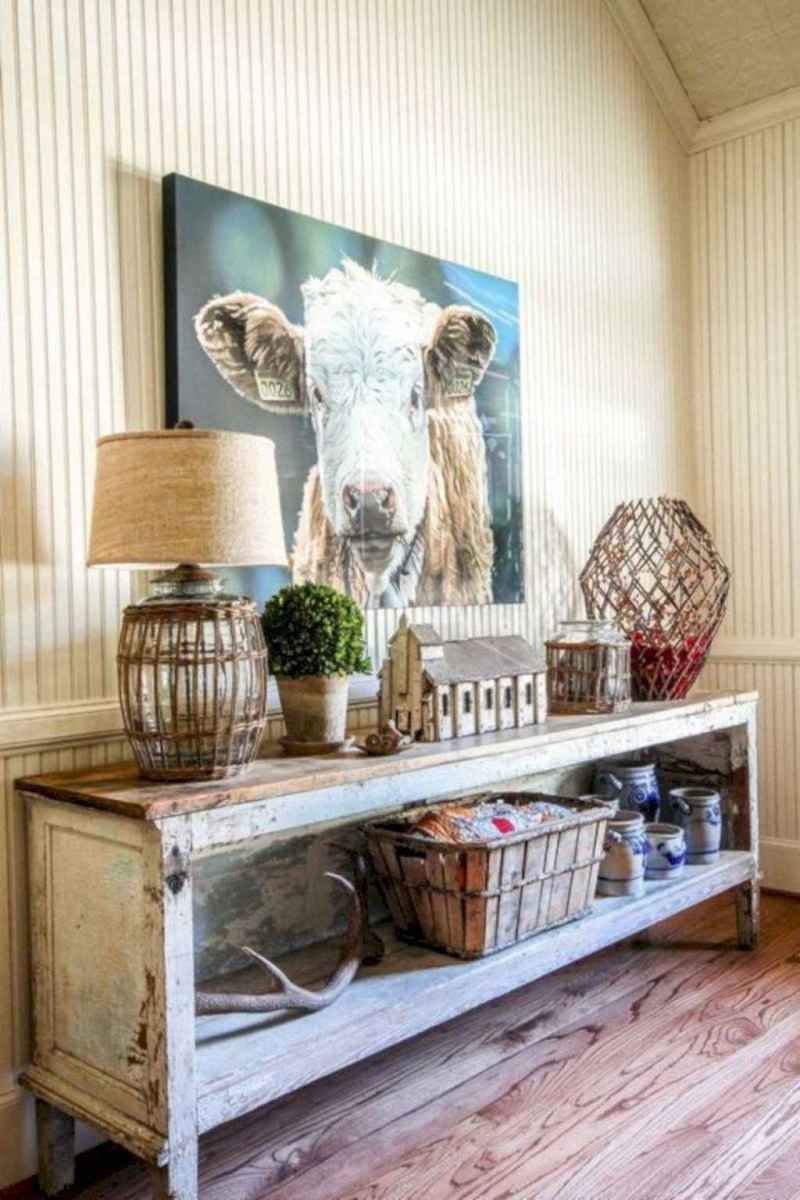 60 Welcoming Rustic Farmhouse Entryway Decorating Ideas