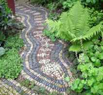 14 Magnificent DIY Mosaic Garden Path Decorations For Your Inspiration