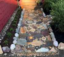 20 Magnificent DIY Mosaic Garden Path Decorations For Your Inspiration
