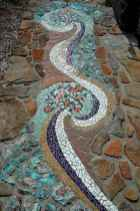 48 Magnificent DIY Mosaic Garden Path Decorations For Your Inspiration