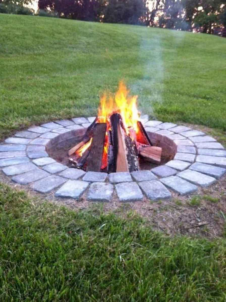 50 Awesome Backyard Fire Pits with Seating Ideas