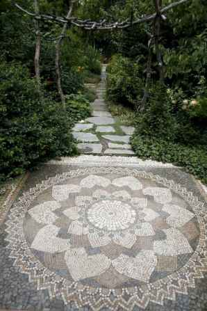 60 Magnificent DIY Mosaic Garden Path Decorations For Your Inspiration