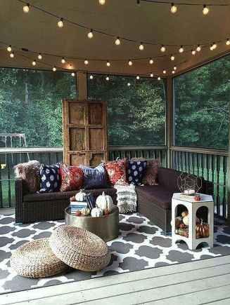 28 Gorgeous Farmhouse Screened In Porch Design Ideas for Relaxing
