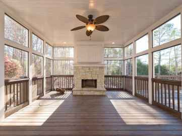 36 Gorgeous Farmhouse Screened In Porch Design Ideas for Relaxing
