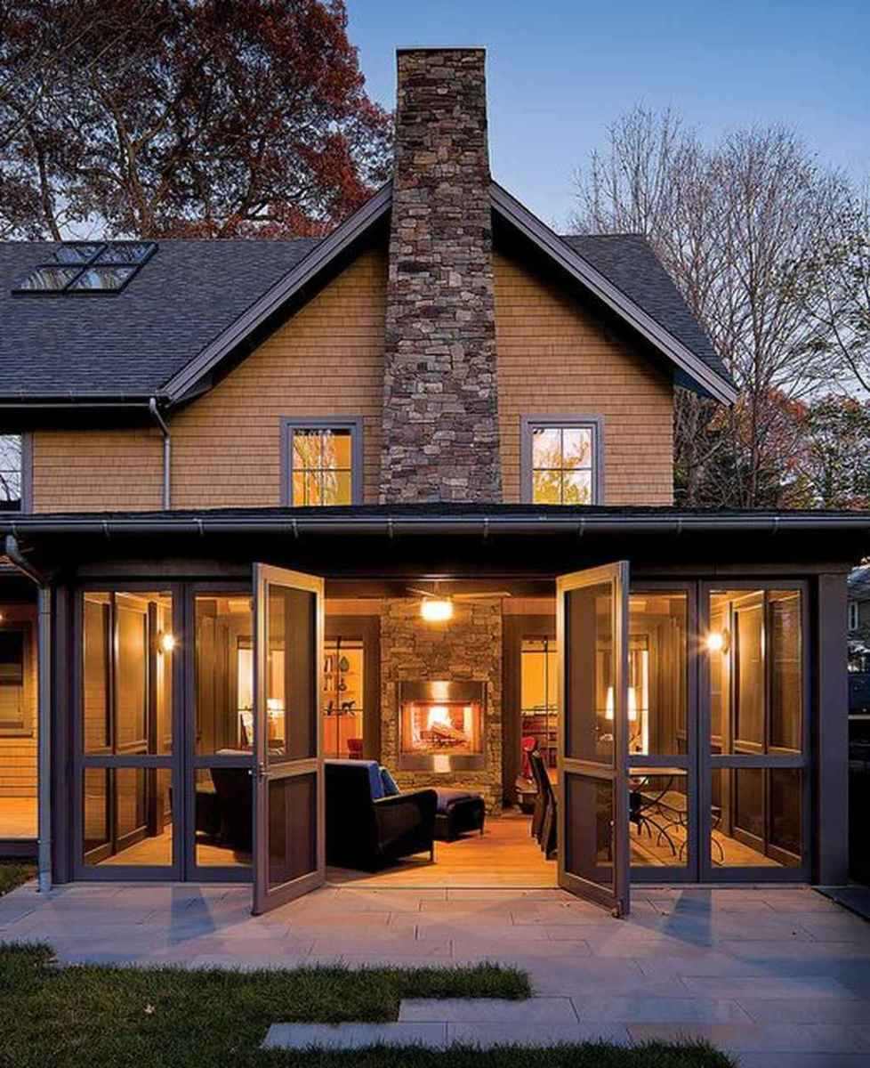 38 Gorgeous Farmhouse Screened In Porch Design Ideas for Relaxing