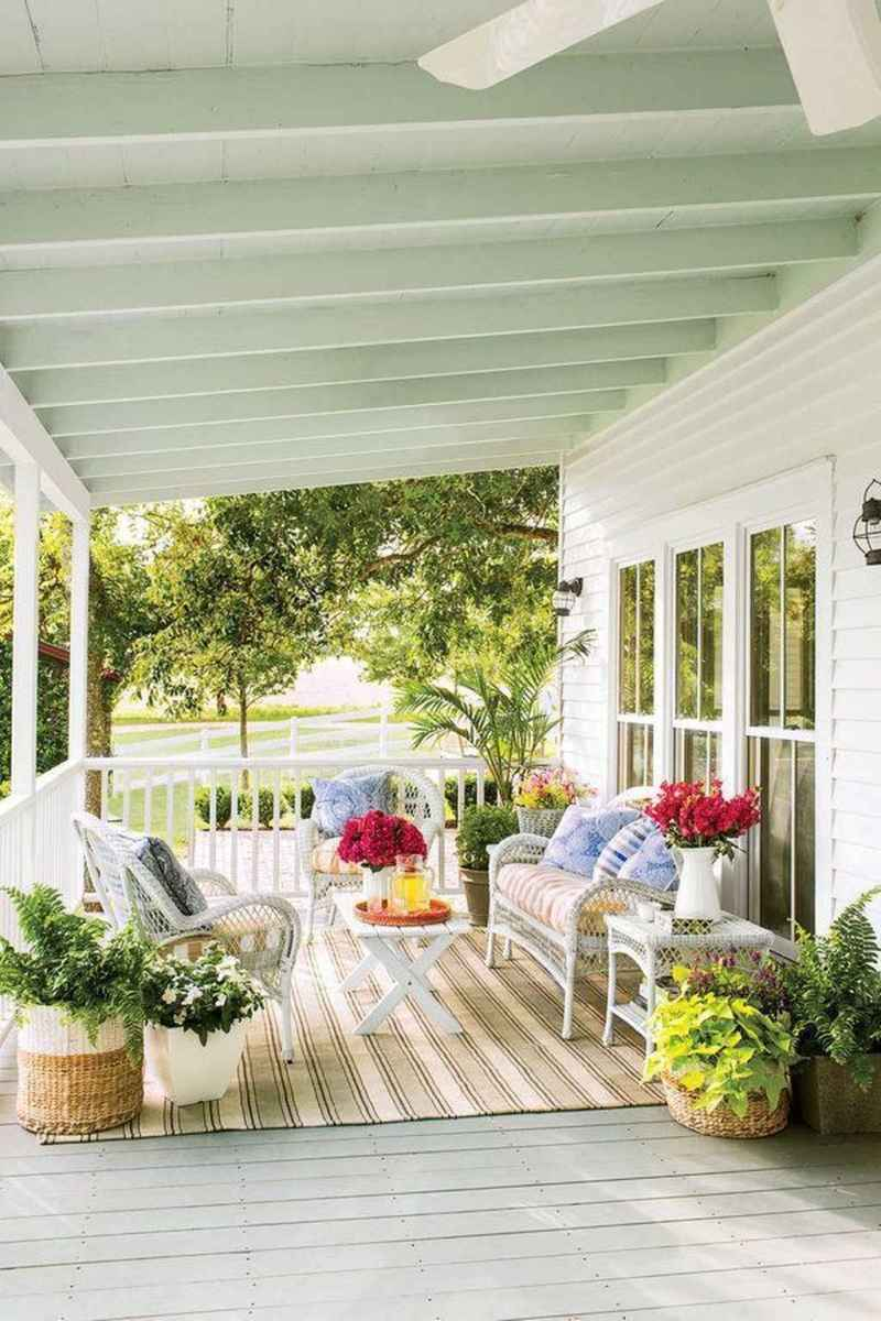 39 Small Front Porch Seating Ideas for Farmhouse Summer