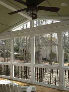 40 Gorgeous Farmhouse Screened In Porch Design Ideas for Relaxing