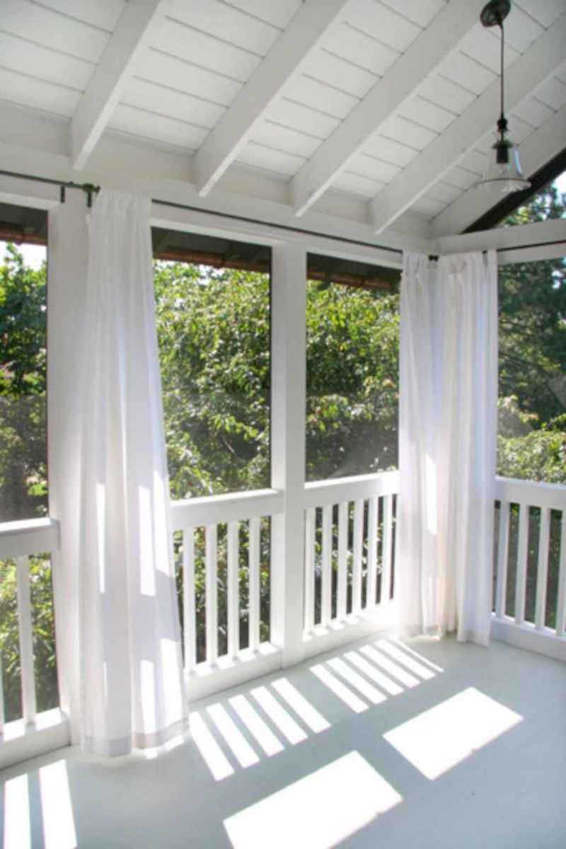 48 Gorgeous Farmhouse Screened In Porch Design Ideas for Relaxing
