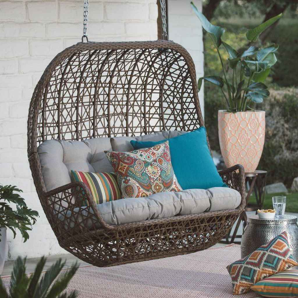 51 Awesome Farmhouse Porch Swing Plans Ideas