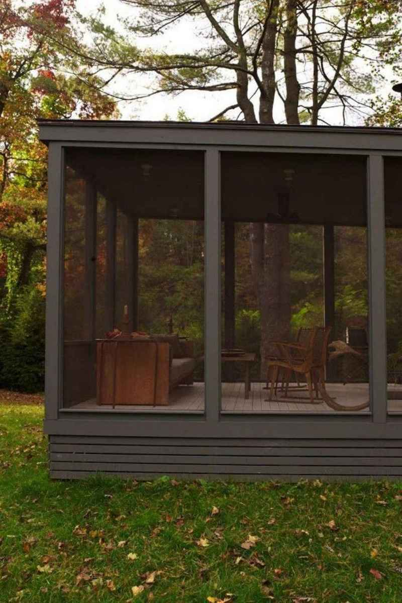 55 Gorgeous Farmhouse Screened In Porch Design Ideas for Relaxing