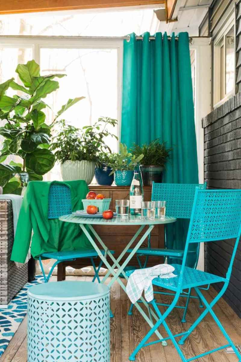 64 Small Front Porch Seating Ideas for Farmhouse Summer