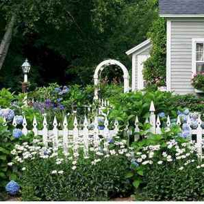 73 Beautiful Small Cottage Flowers Garden for Backyard Ideas