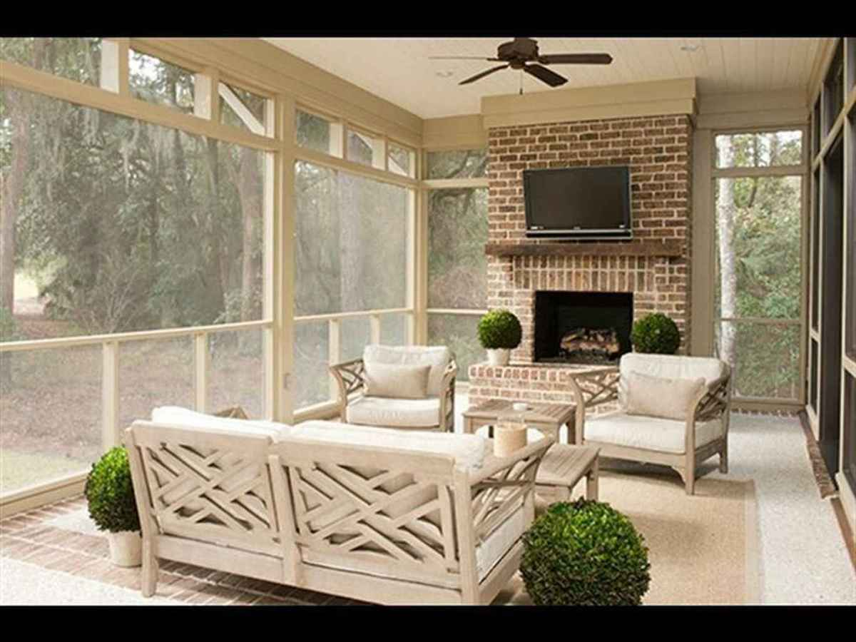 83 Gorgeous Farmhouse Screened In Porch Design Ideas for Relaxing