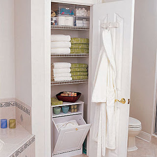 idea para guardar las toallas en el baño