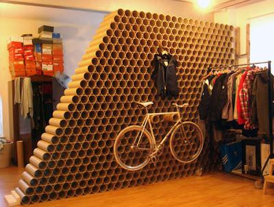 Una pared de cartón.