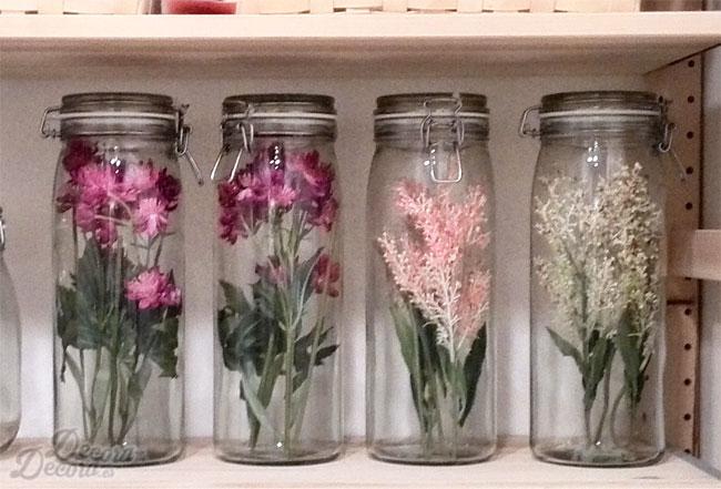 Decorar con flores la cocina.