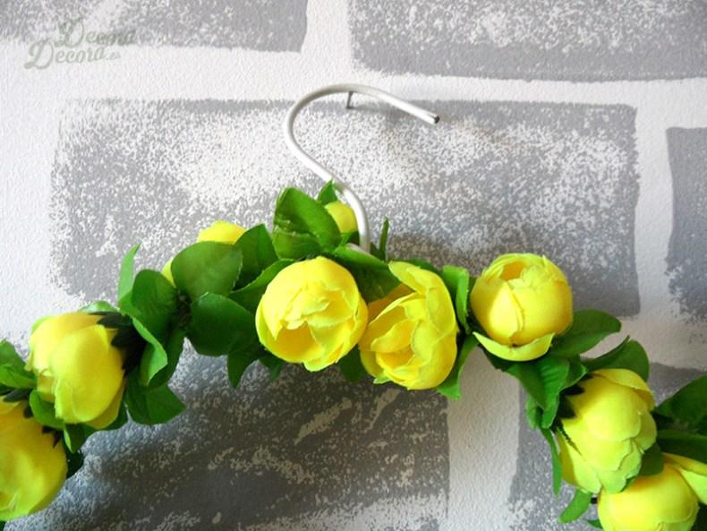 Corona de flores para primavera