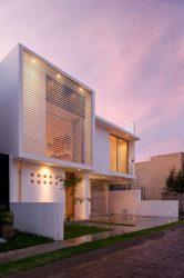 fachadas casas fachada modernas moderna casa modern facades interiores vertical estilo garaje lado entrada planos pequenas verticales 2021 sin pergola