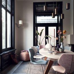 (http://www.designonstock.com/nl/producten/stoelen/cavalletta-stoel/)