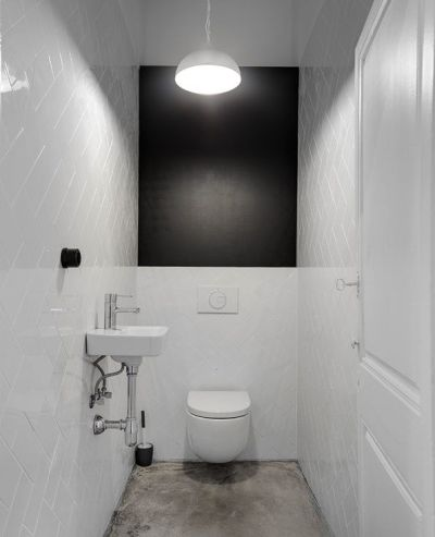 Simple and clean bathroom designed by Jan&Henry