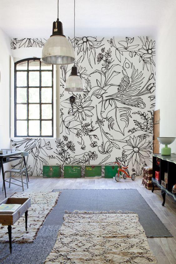Vinilos florales creando un mural