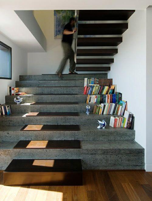 esconder caja fuerte debajo-escalera