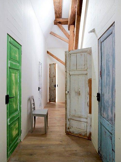 Puertas decapadas antiguas