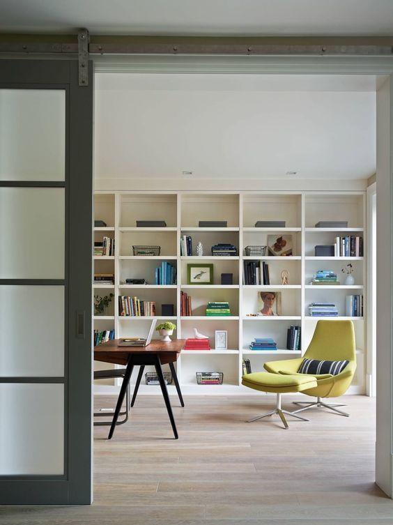trabajar en casa - biblioteca elegante