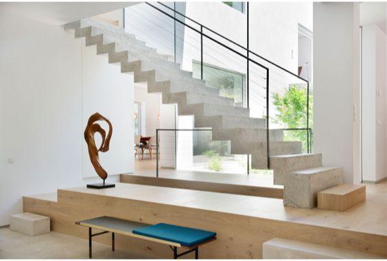 escaleras Abaton con barandilla ligera