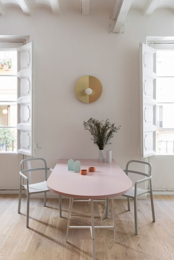 comedor singular- apoya la mesa contra la pared