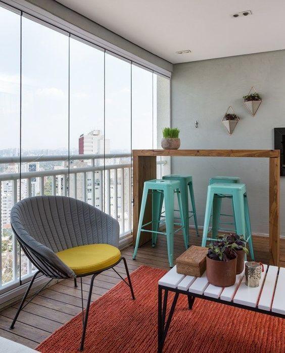 decoralinks   cortinas de cristal para mejorar el uso del balcon