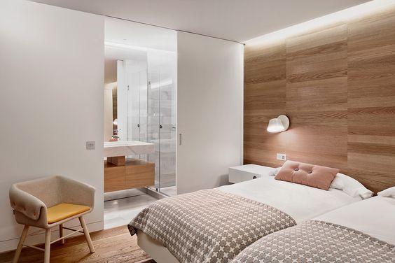 decoralinks   dormitorio doble con cabecero de madera de roble