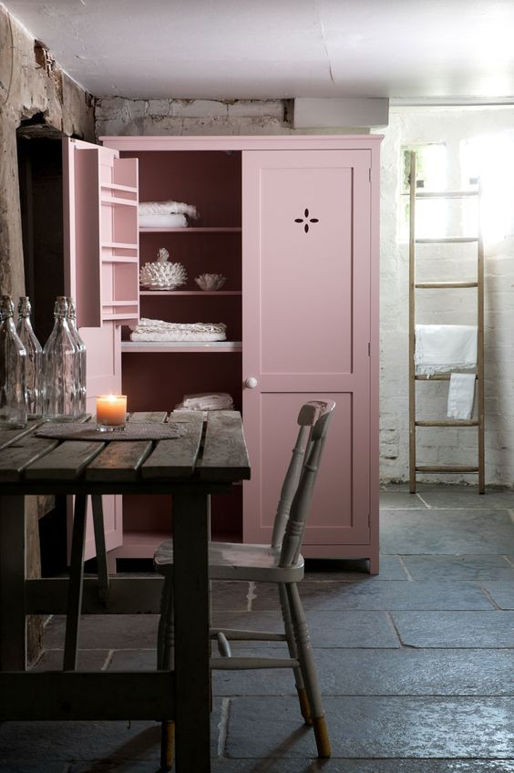 decoralinks | pink kitchen pantry