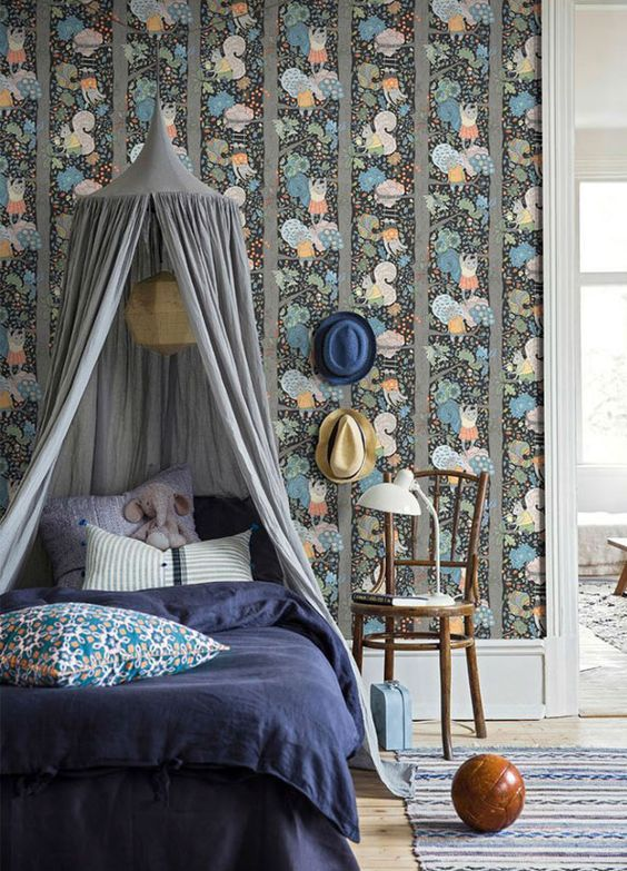 decoralinks | Whimsical Kids wallpaper designed by Borastapeter