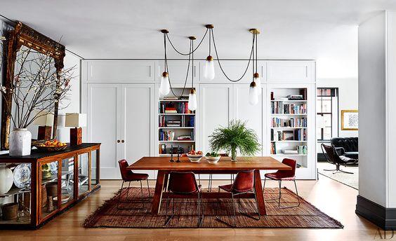 decoralinks   casas de famosos en NY - comedor de Naomi Watts con muebles de almoneda