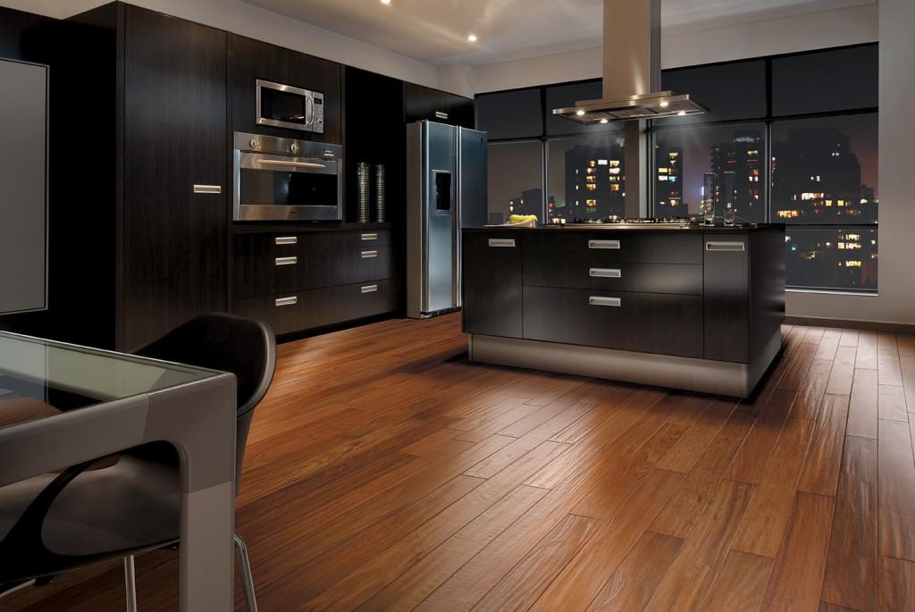 Dicas e fotos de pisos de madeira preos  Decorando Casas