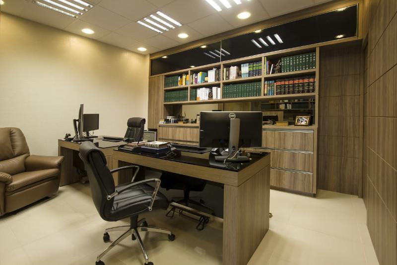 Decoração de escritório de advocacia 4